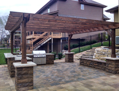 Outdoor kitchen with pergola